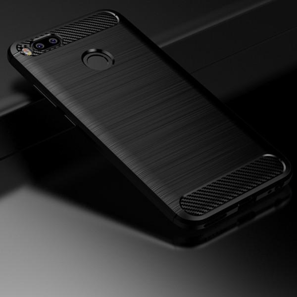 Силиконовый бампер Ipaky с карбоновыми вставками для Xiaomi Mi A1(черный)