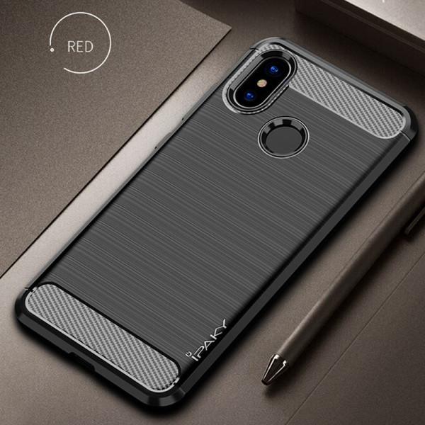 Силиконовый бампер Ipaky с карбоновыми вставками для Xiaomi Mi A2 Lite (черный)