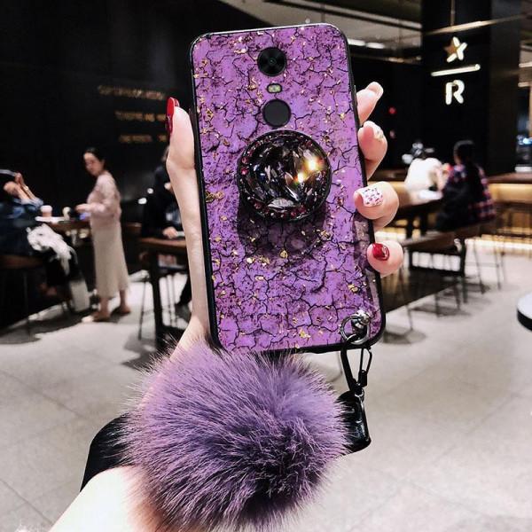 Силиконовый чехол с попсокетом и меховым помпоном для Xiaomi Redmi 5 Plus Фиолетовый