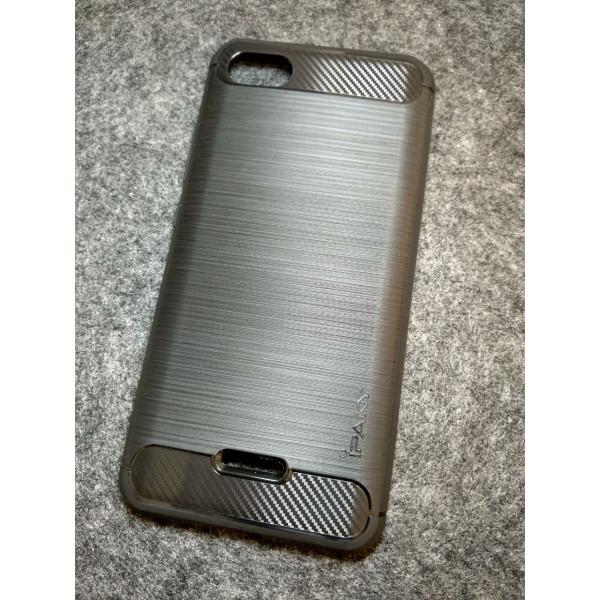 Силиконовый бампер Ipaky с карбоновыми вставками для Xiaomi Redmi 6a (чёрный)
