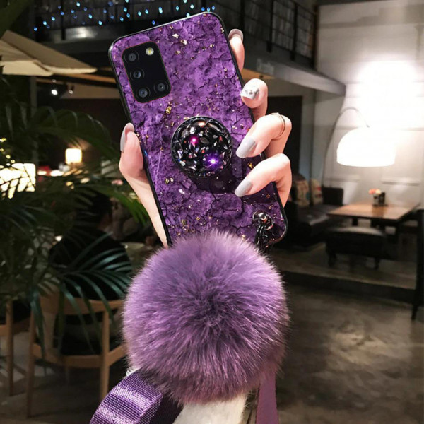 Силиконовый чехол с попсокетом и меховым помпоном для Samsung A31 Фиолетовый